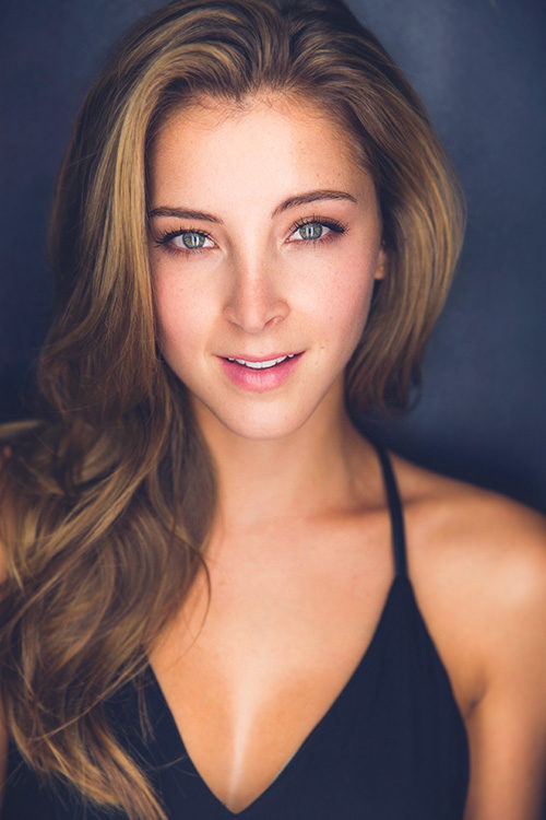 Alex Oliver: headshots nyc